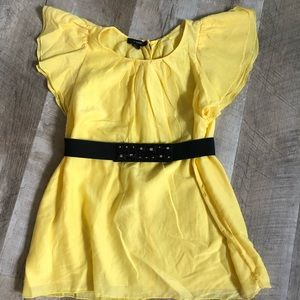 Alfani size 4 yellow blouse with belt